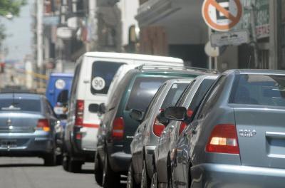 Legislatura: Se aprobó un nuevo sistema de estacionamiento y limitaciones para carga y descarga en la Ciudad