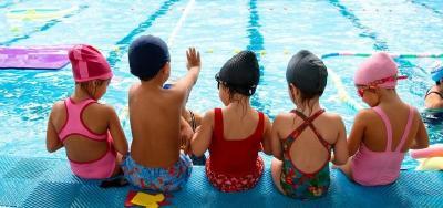 Finalmente la Justicia ordenó restituir las clases de natación en el Álvarez Thomas